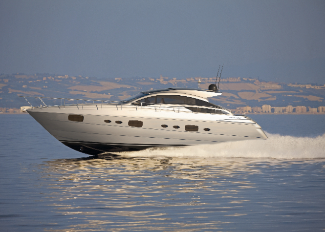 Pershing 58 - Credit Ferretti Group
