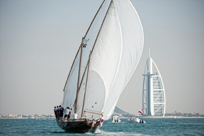 Louis Vuitton Dhow racing finish line next to Burj al Arab © Paul Todd outsideimages.com Louis Vuitton Trophy.