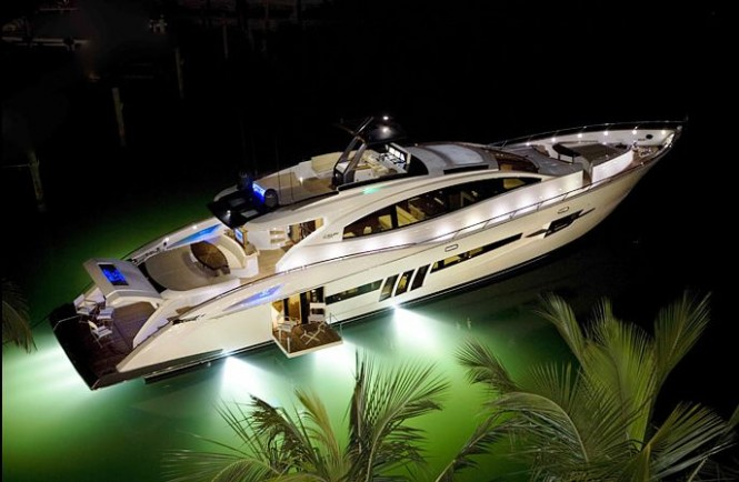SV10 Underwater Lights on LSX 92 - Credit Lazzara Yachts
