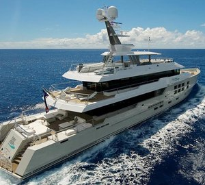 Explorer motor yacht Big Fish waits to force Drakes Passage