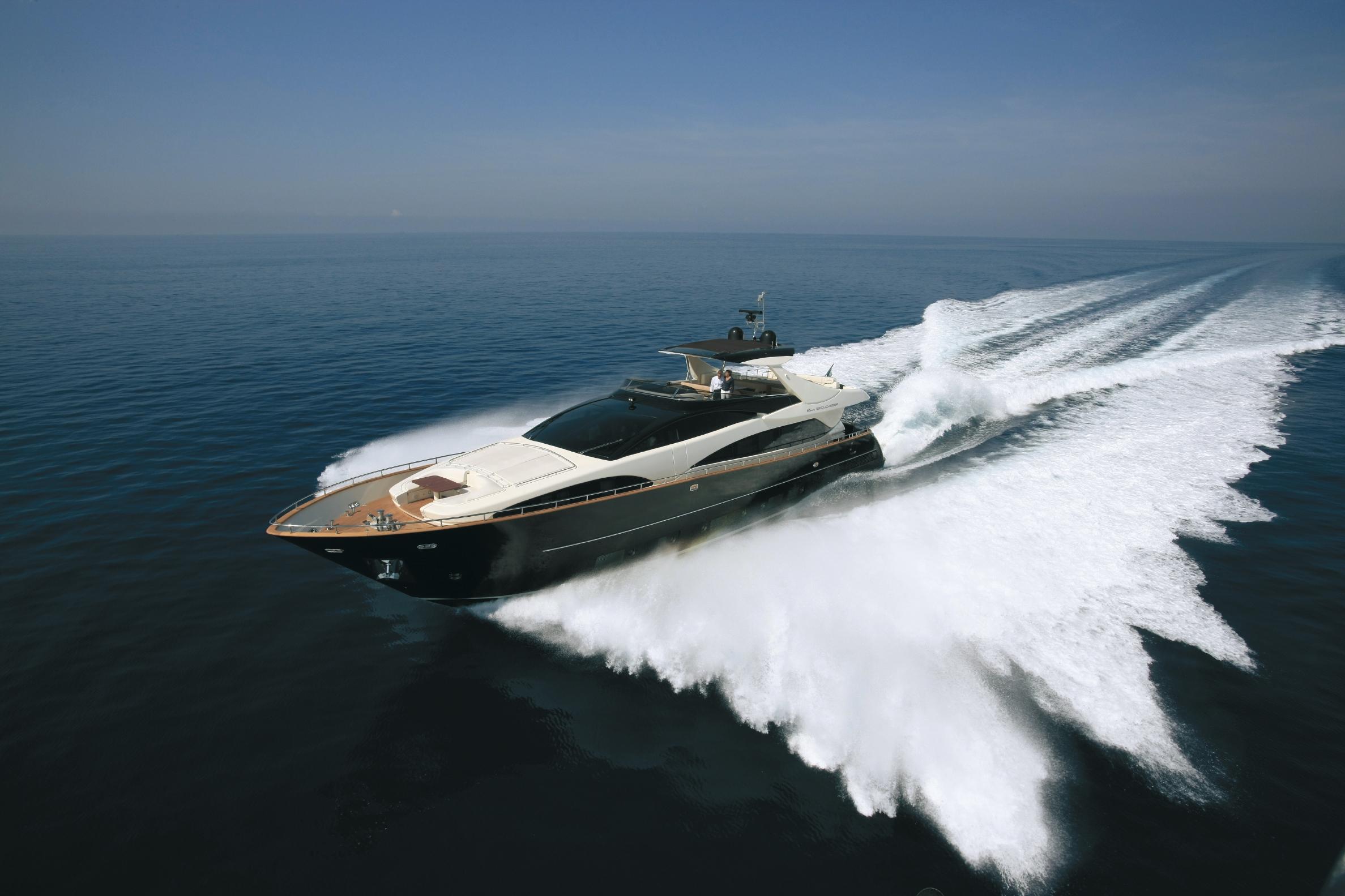 Riva 92′ Duchessa Motor Yacht