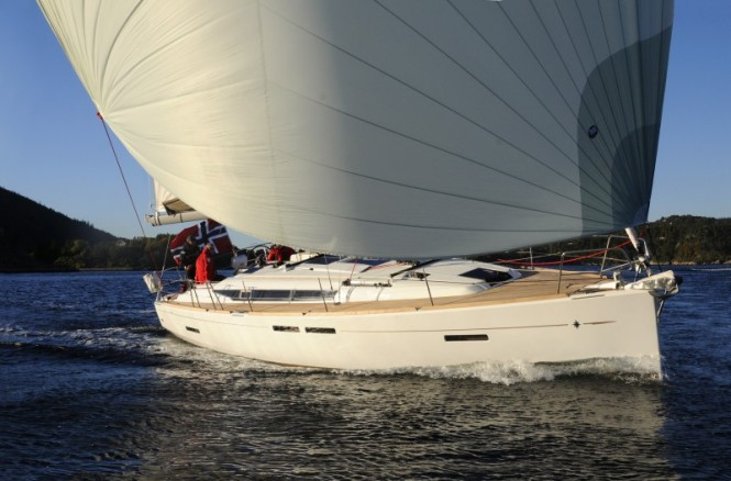 Sun Odyssey 409 sailing yacht voted European Yacht of the Year 2011 in ...