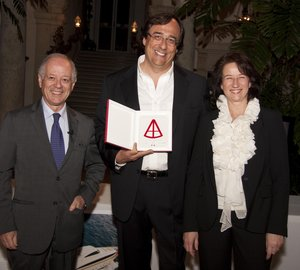 Sanlorenzo receives Nautical Design Award 2011 in Miami