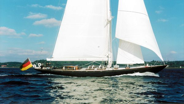 Van Dam Shipyard to refit Hoek Truly Classic Sailing yacht Mulligan