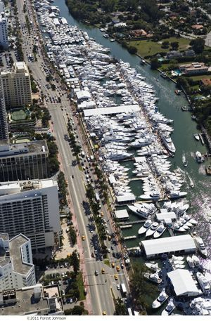 The Yacht & Brokerage Show in Miami Beach: Sales Strong and Crowds Solid