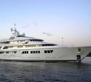 Motor Yacht Fountainhead launched by Feadship
