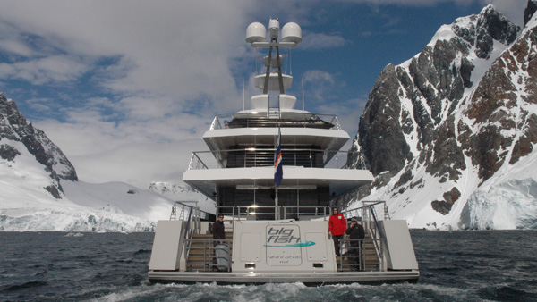 Motor Yacht Big Fish cancels plans to Navigate the Northeast Passage