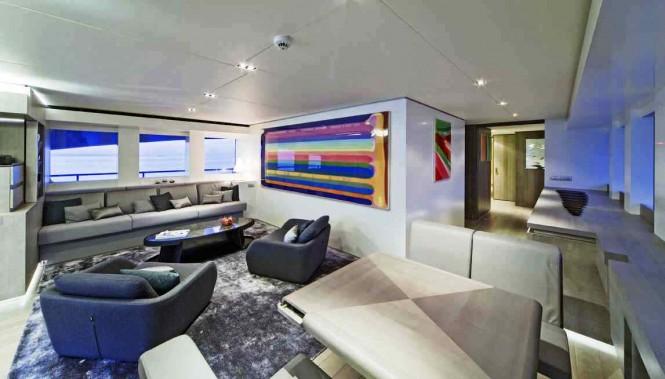 The Modern Interior design of the Heesen 44 Jems