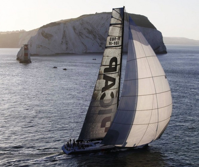 JP Morgan Round the Island Race - I Cap leopard