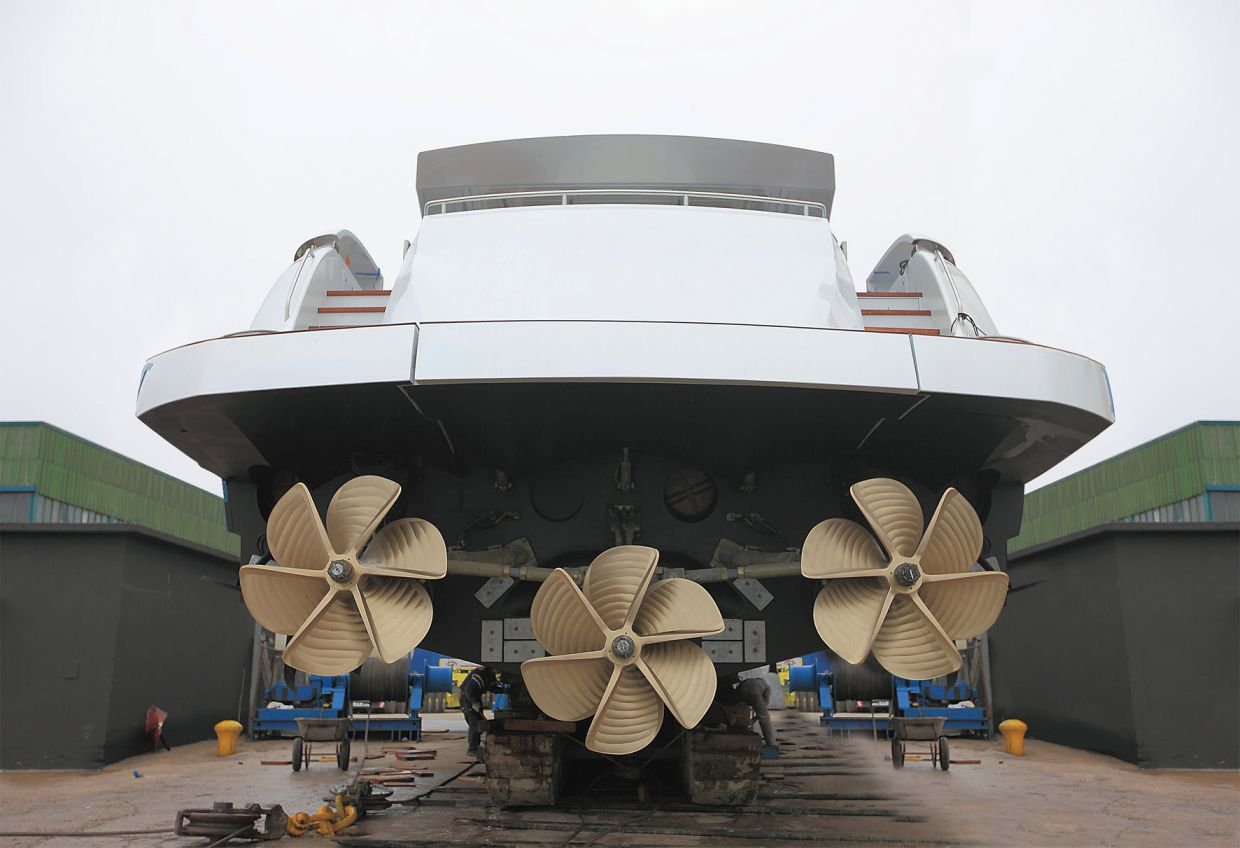 Pershing 108 3 Propellers 3 Engines Yacht Charter