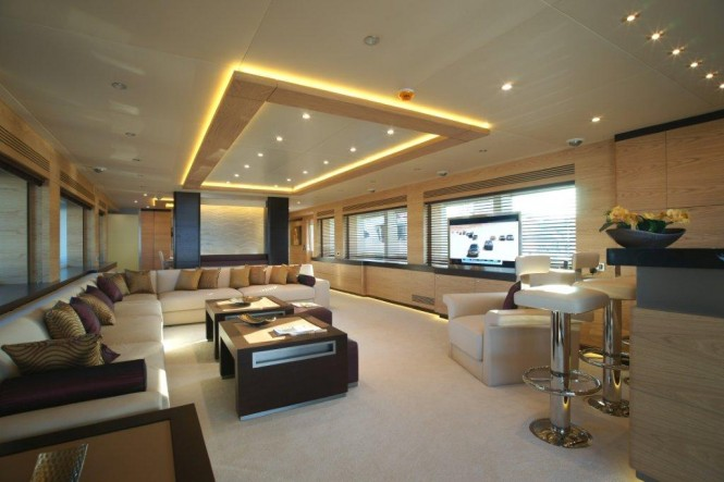Main salon on board of yacht Tatiana by Bilgin Yachts - designed by J Kinder - realised by Septemar Yacht Furniture