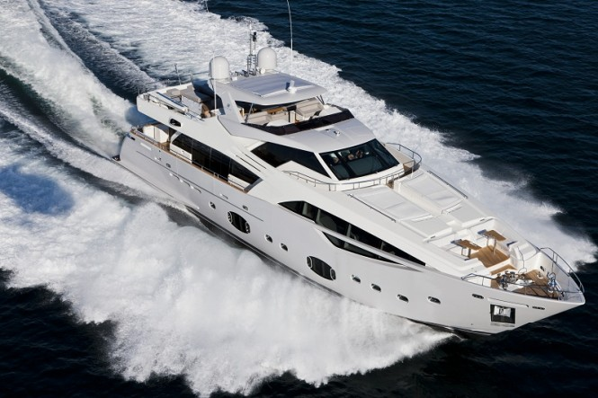 Motor yacht Desta launched by Ferretti Group  The first Custom Line 100  