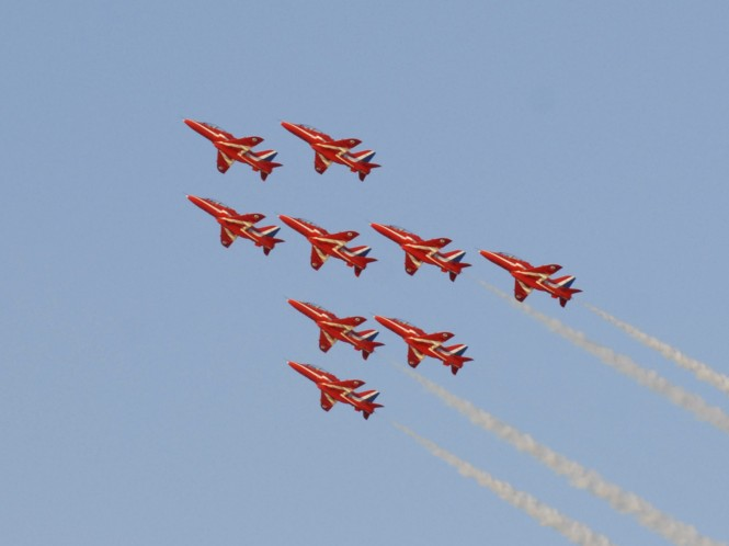 Red Arrows take to the skies at Aberdeen Asset Management Cowes Week