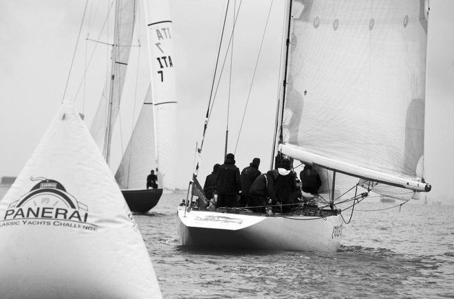 Sailing yacht Crusader and Italia - Panerai British Classic Week 2011'    Lloyd Images ©