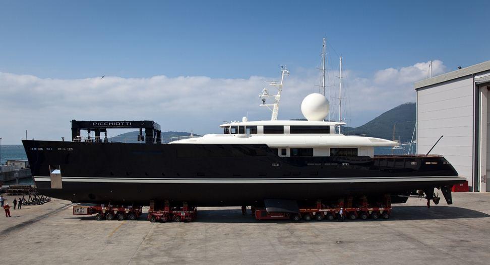 The Picchiotti Vitruvius 55 superyacht Galileo G by Picchiotti – Photo Credit Giuliano Sargentini