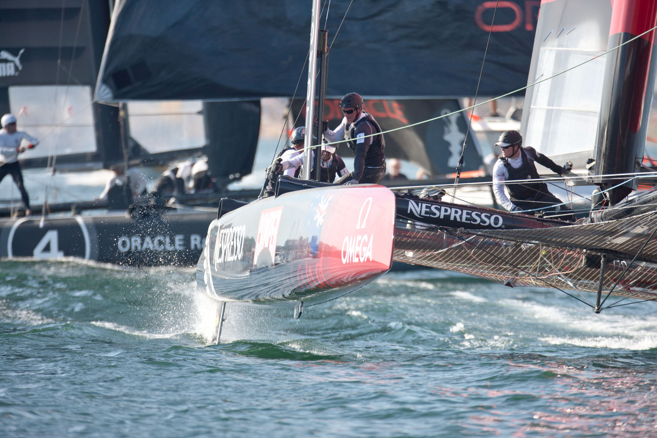 Top teams tangle in Cascais on first day of match racing championship
