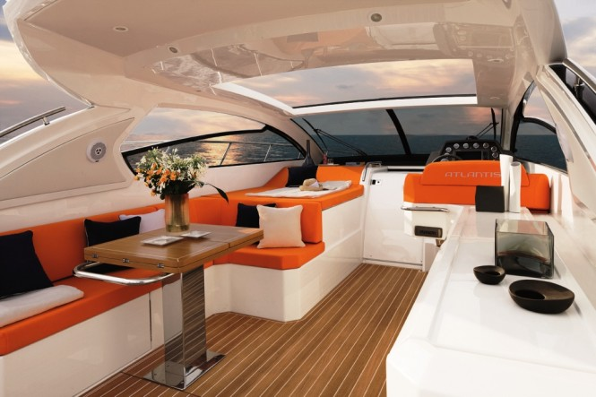 Atlantis 48 motor yacht cockpit - Credit Azimut Yachts