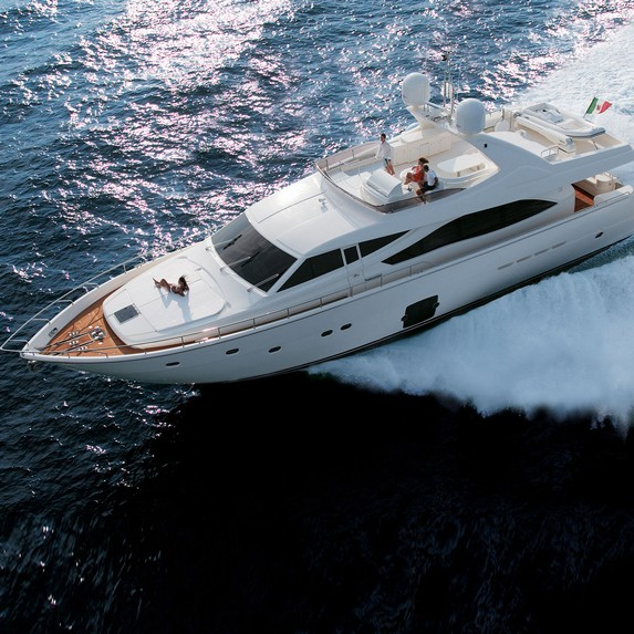 Ferretti 830 motor yacht