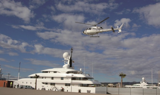 Helicopter landing at Vilanova Grand Marina - Barcelona