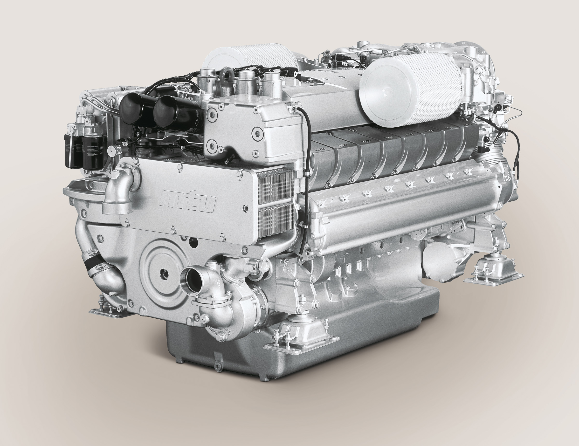 Mtu 16v 2000 M94 Yacht Engine With A Power Output Up To