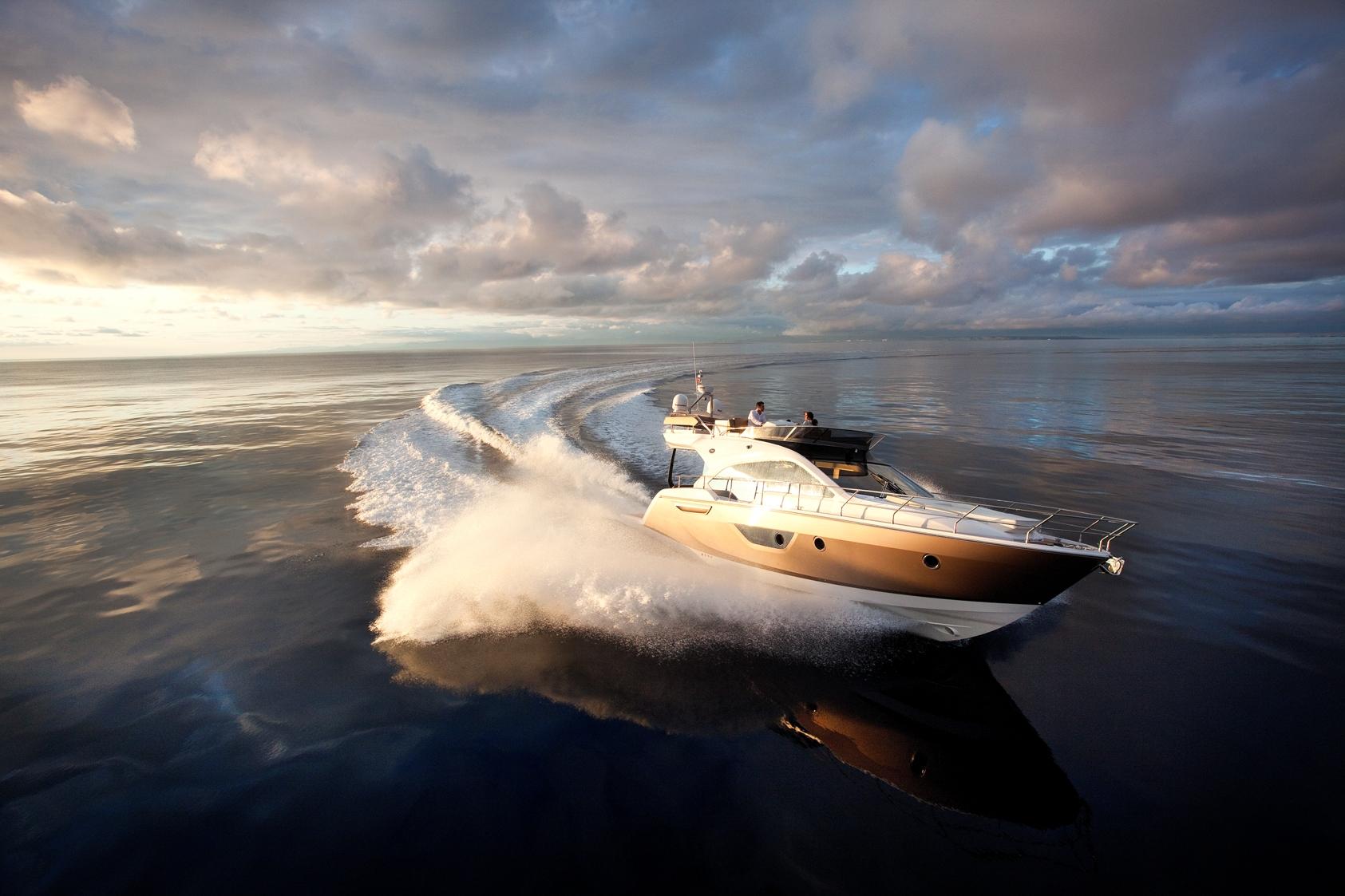 Sessa Marine's FLY 45 Yacht