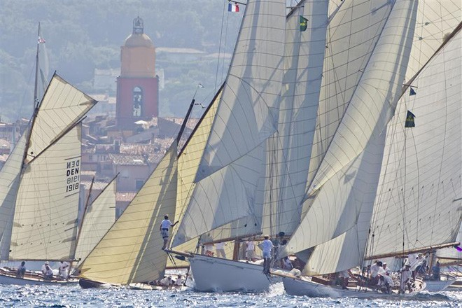 Start of Les Voiles de Saint-Tropez 2011 - Photo Credit Carlo Borlenghi ©