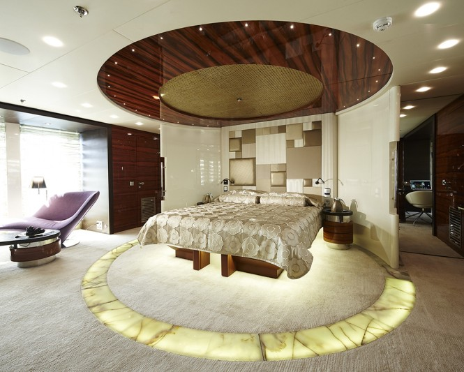 Superyacht E&E Owners Suite
