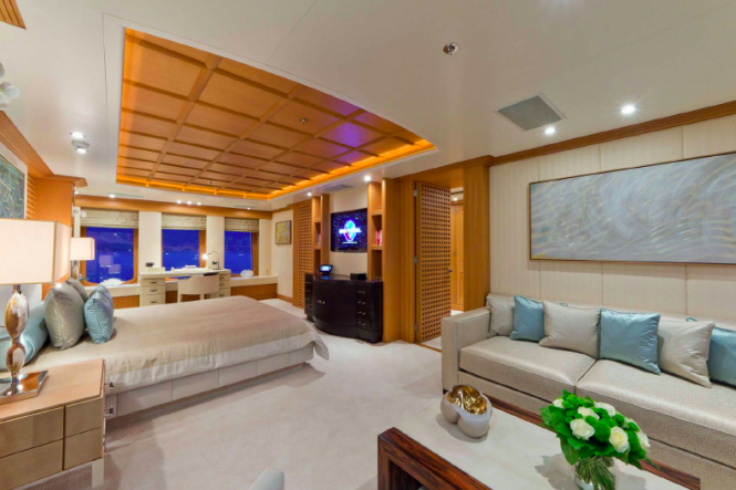 Owner suite - motor yacht Troyanda - Photographer: Marc Paris