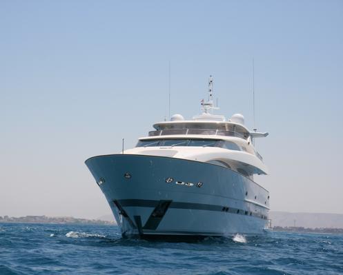 Horizon RP 120 yacht's sistership