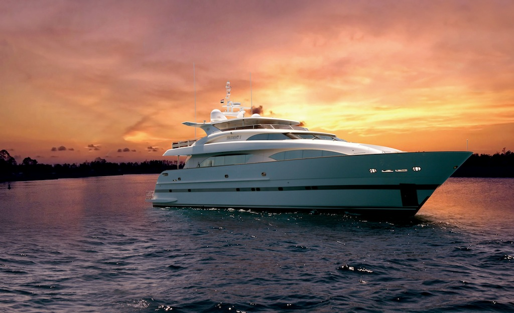 Sistership to the Horizon RP 120 yacht