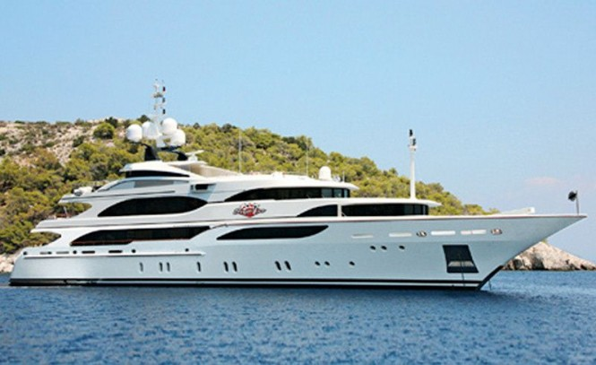 Superyacht Four Aces - Benetti Motor Yacht