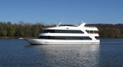 105ft motor yacht Lady of the Lake built by Skipper Manufacturing
