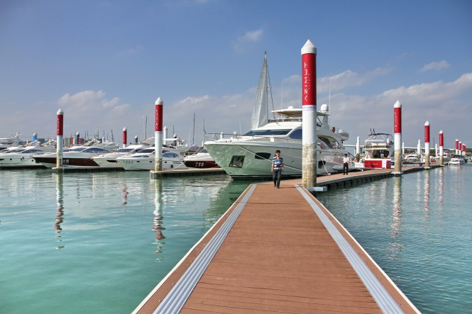 A new super yacht Azimut 58, arriving in Xiamen in October and attracting ...