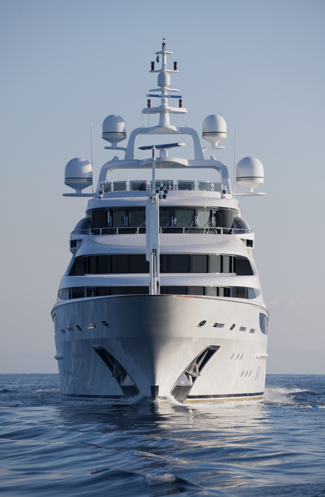 Charter yacht Diamonds are Forever (FB253) launched by Benetti