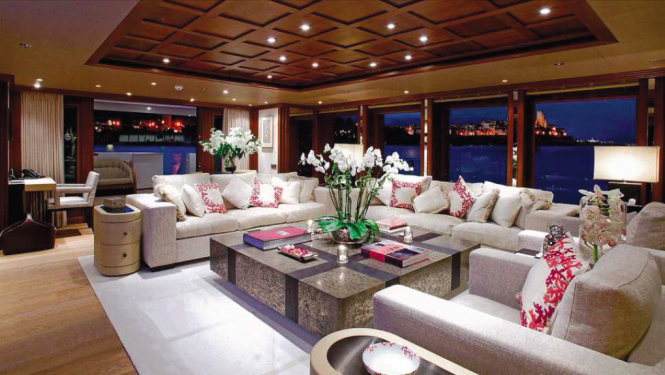Expedition yacht Columbus 146 - main saloon by Donald Starkey Design - builder Broward Shipyard
