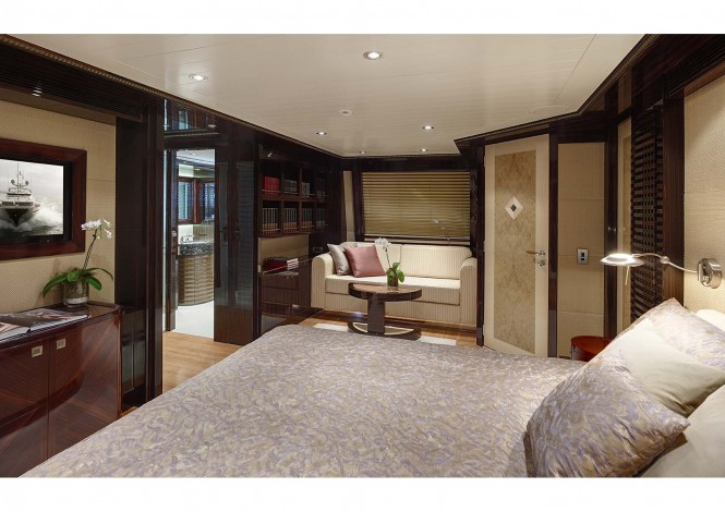 Superyacht Columbus 146 of 44.50 metres - Master suite by Donald Starkey Design