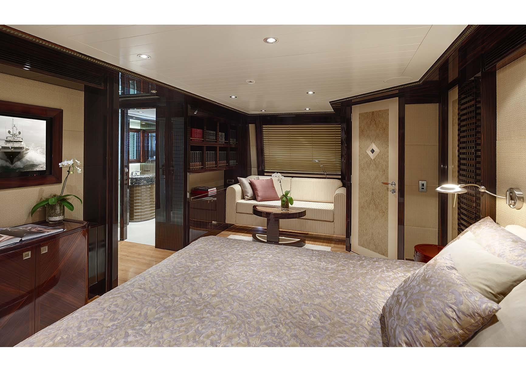 Superyacht Columbus 146 of 44.50 metres - Master suite by Donald Starkey ...