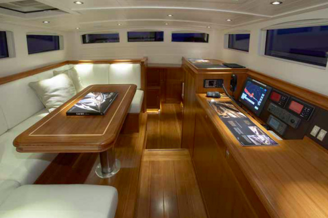 Superyacht Lionheart - Interior - designed by Hoek Design