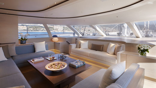Twizzle superyacht´s salon