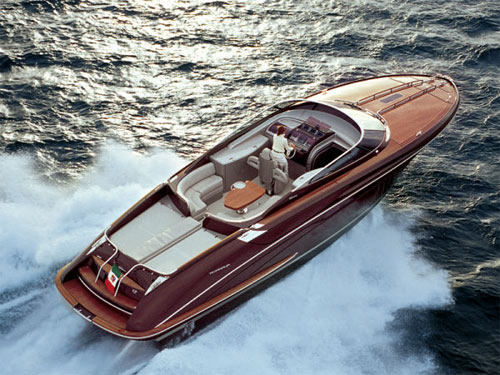 27´ daily cruiser yacht ISEO. Riva, a brand of the Ferretti Group, ...