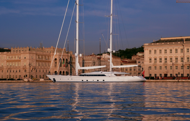 Charter Yacht Rosehearty by Perini Navi