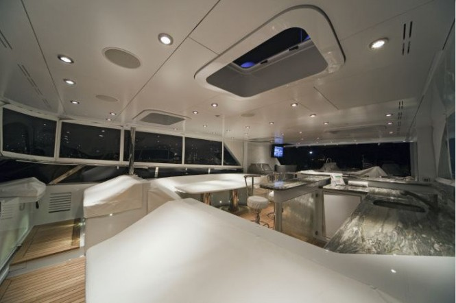 Exterior lights by Underwater Lights Ltd. on the luxury yacht Serque Photo M. Paris