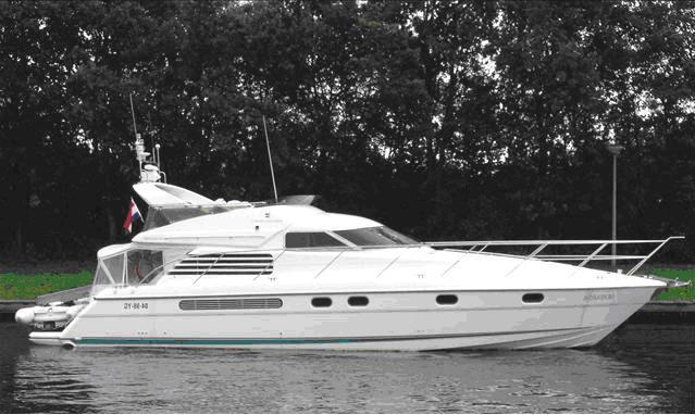 Fairline Squadron50 yacht. Fairline Squadron 50 yacht