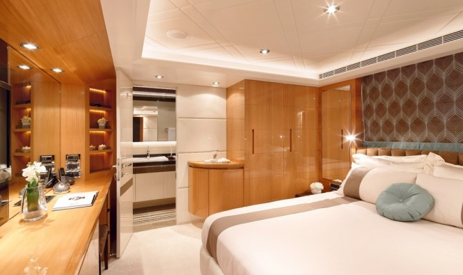 On board Horizon luxury yacht MUSES
