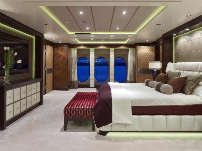 Owner´s Suite on the luxury yacht Kaiser ©David Churchill