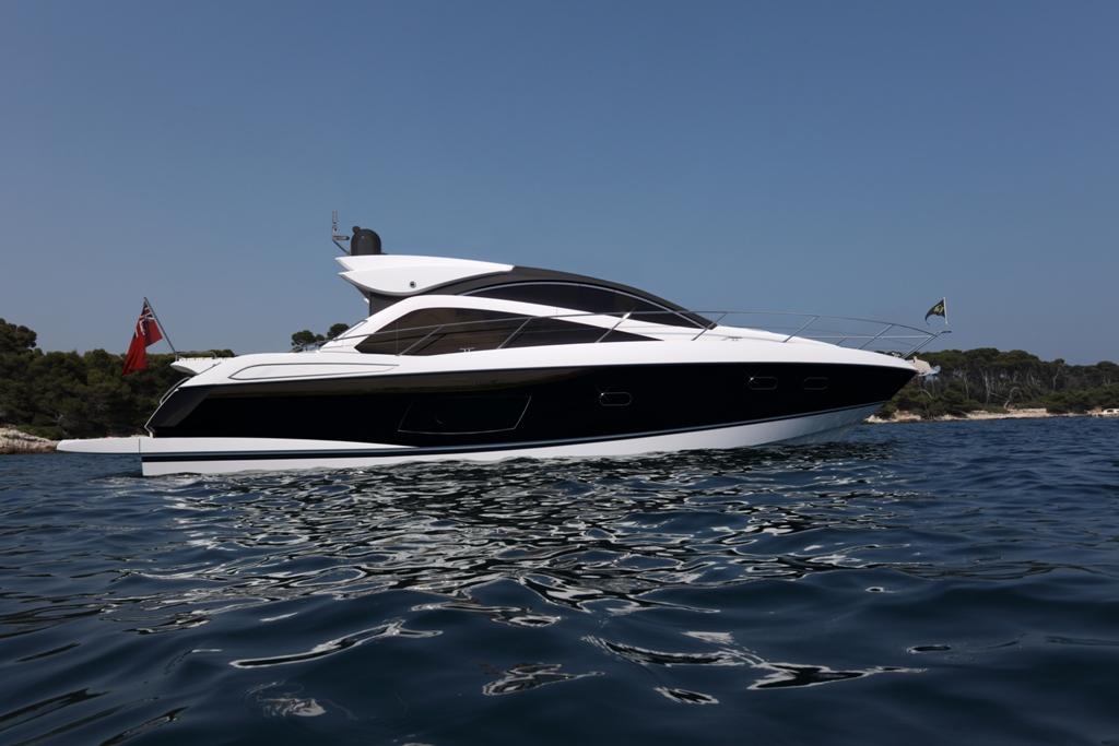 Sunseeker Motor Yacht Predator 53 - side profile image