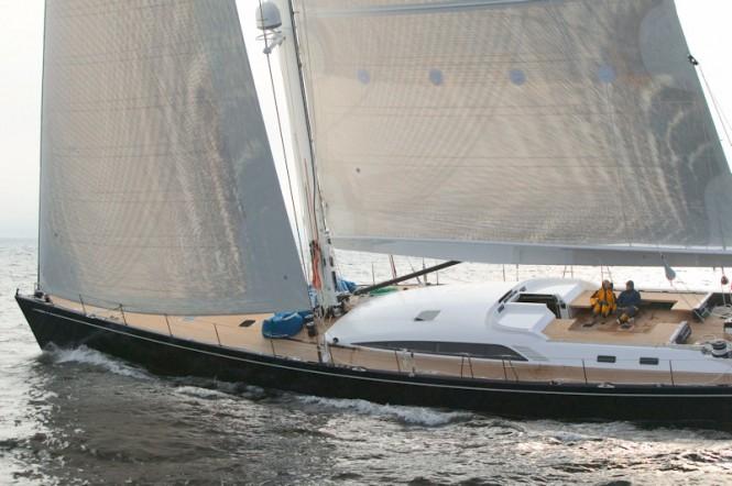 100´ luxury charter yacht Virago