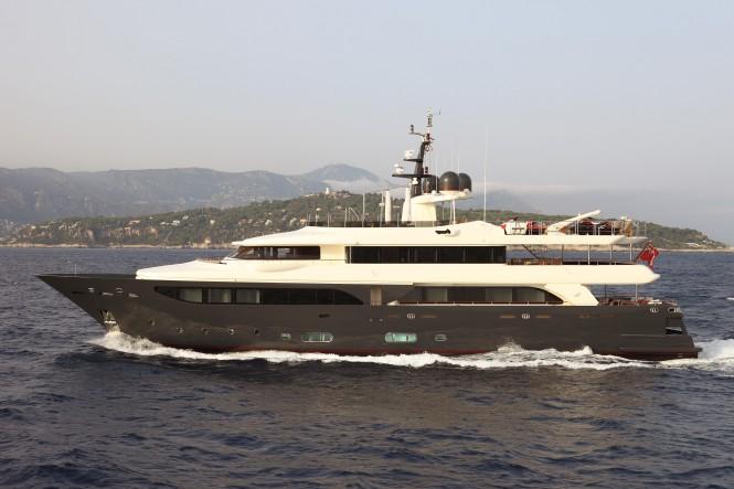 43m CRN Luxury Yacht Lady Trudy