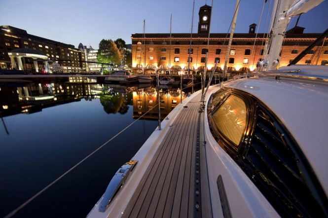 The Oyster 625 Blue Jeannie yacht is on show at the Düsseldorf and ...