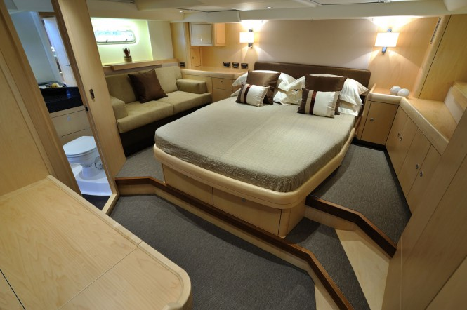 Oyster 625 yacht accommodation